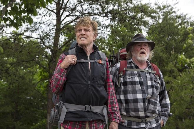 """Постер и трейлер """"Прогулки по лесам"""" с Робертом Редфордом и Ником Нолти"""
