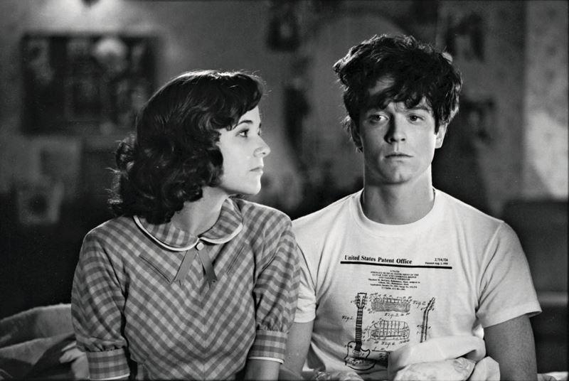 Какой актёр должен был играть в Марти в «Назад в будущее» - Леа Томпсон и Эрик Штольц