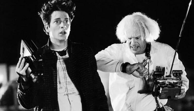 Какой актёр должен был играть в Марти в «Назад в будущее» - Эрик Штольц и Кристофер Ллойд