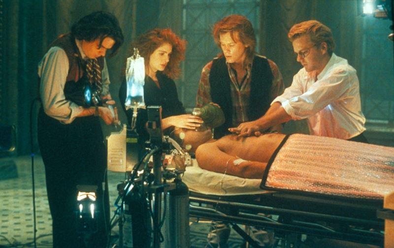 Топ-10 лучших фильмов 1990 года - «Коматозники»