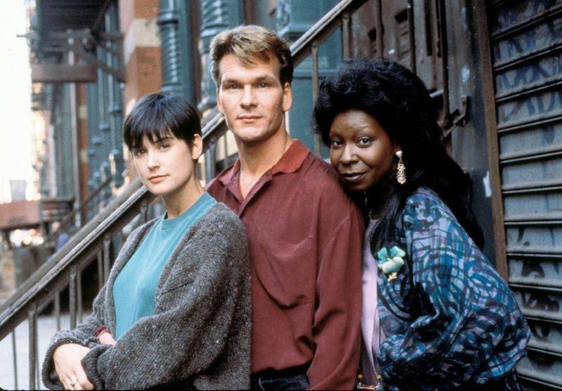 Топ-10 лучших фильмов 1990 года - «Привидение»