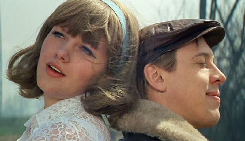 Советские фильмы о супружеской измене - «Единственная...» (1975)
