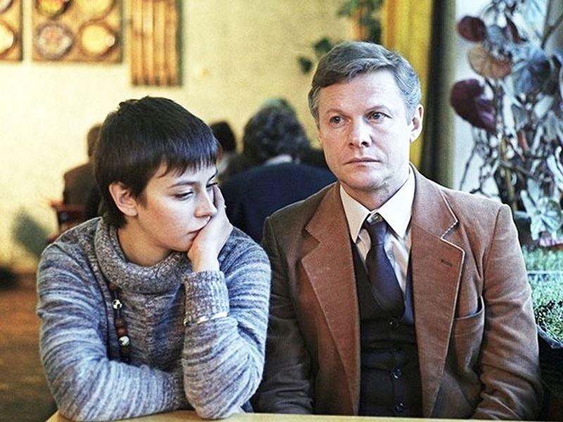 Советские фильмы о супружеской измене - «Зимняя вишня» (1985)