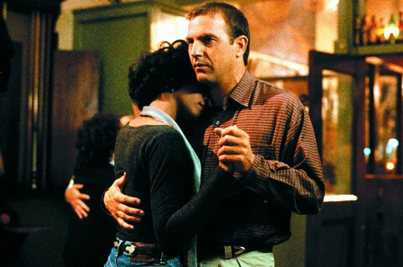 «Телохранитель» (1992) - плохой фильм с хорошей музыкой - Хьюстон и Костнер