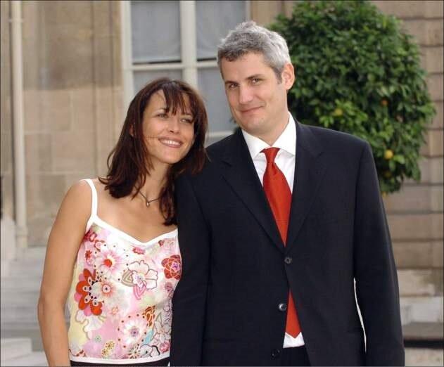 Жюльет Лемли дочь Софи Марсо - Софи Марсо и Джим Лемли в 2004 году