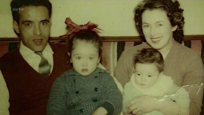 Интересные факты об Изабель Аджани - с родителями