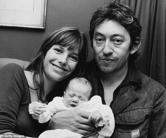 Джейн Биркин и Серж Генсбур - отцовство - с малышкой Шарлоттой