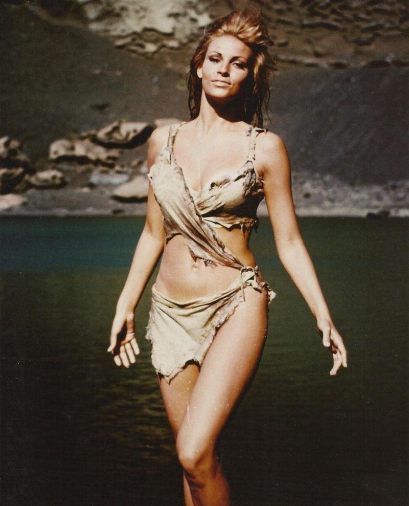Актрисы в купальниках, вошли в историю кино и моды - Рэкел Уэлч