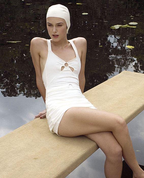 Актрисы в купальниках, вошли в историю кино и моды - Кира Найтли