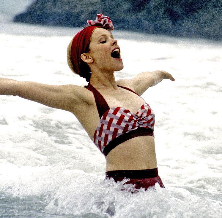 Актрисы в купальниках, вошли в историю кино и моды - Рэйчел МакАдамс