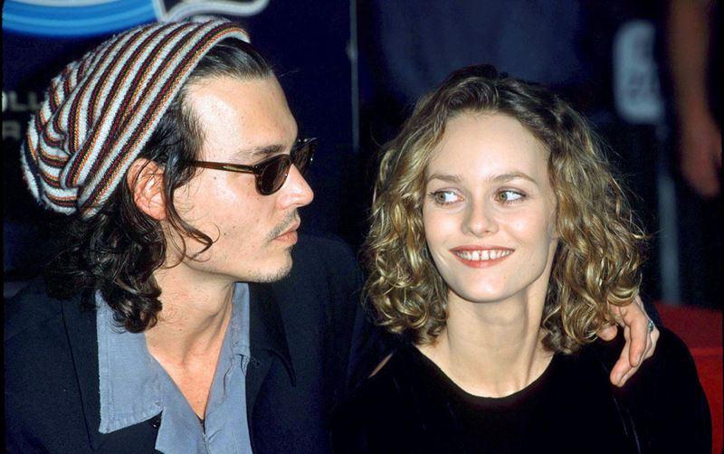История любви Джонни Деппа и Ванессы Паради - 2000 год