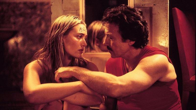 Фильмы о любви юной девушки и взрослого мужчины - «Священный дым»