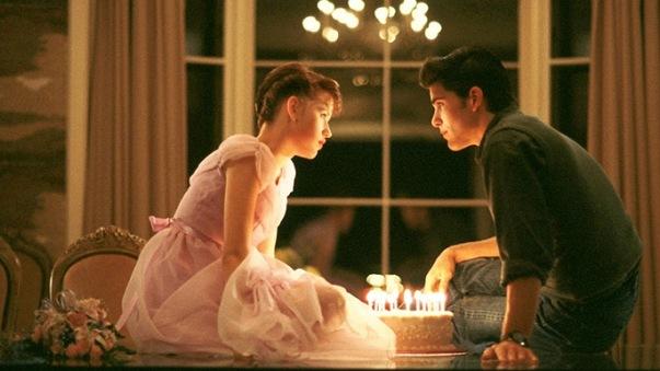 Лучшие романтические комедии . Шестнадцать свечей