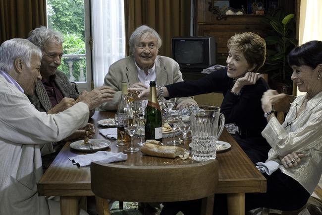 Лучшие фильмы с Пьером Ришаром: А давайте жить все вместе, 2011