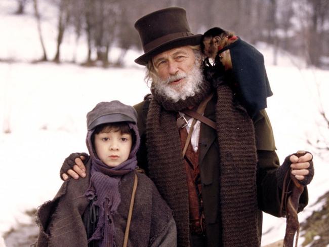 Лучшие фильмы с Пьером Ришаром: Без семьи, 2000