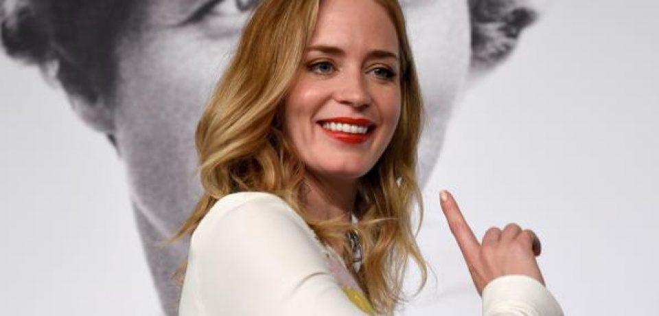 Эмили Блант рассматривается на главную роль в экранизации «Девушки в поезде»