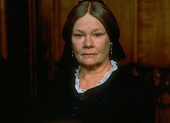 Джуди Денч, Миссис Браун