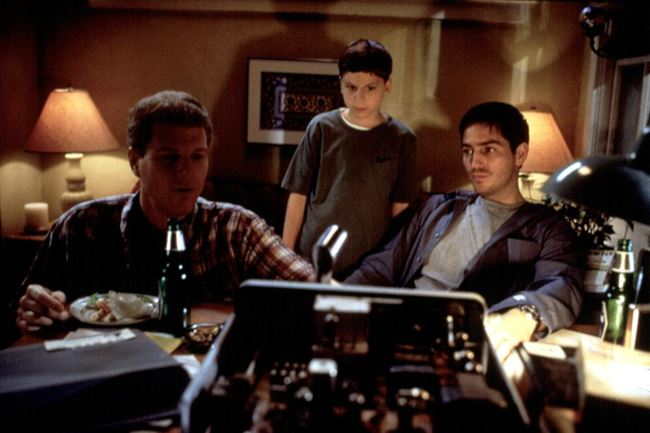 Фильмы о путешествиях во времени: «Радиоволна», 2000