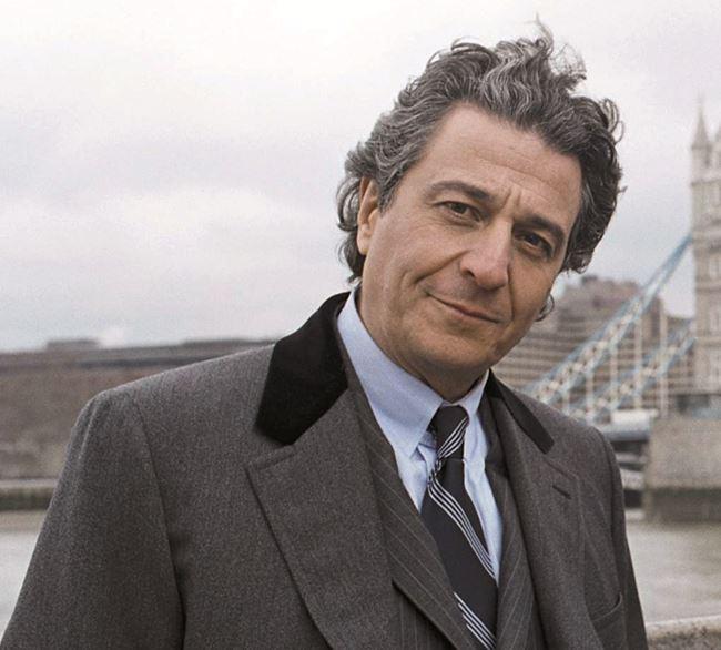 Французские актеры мужчины список: Кристиан Клавье