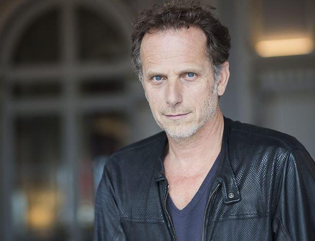 Французские актеры мужчины список: Шарль Берлинг