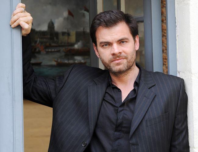 Французские актеры мужчины список: Кловис Корнийяк