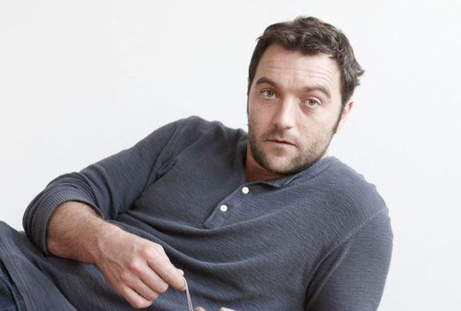 Французские актеры мужчины список: Дени Меноше