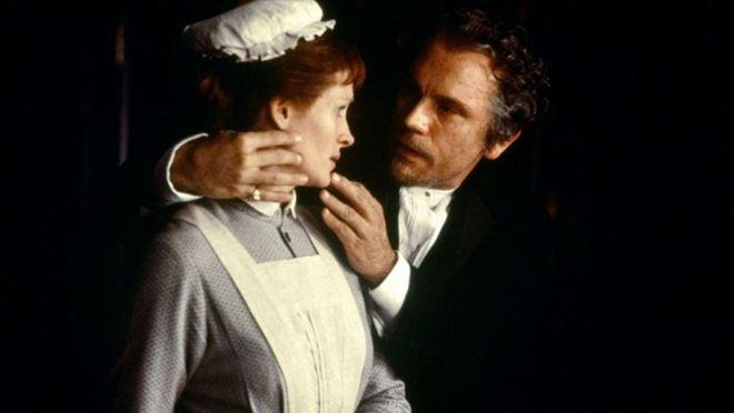 Лучшие фильмы с Джулией Робертс: «Мэри Райли», 1996