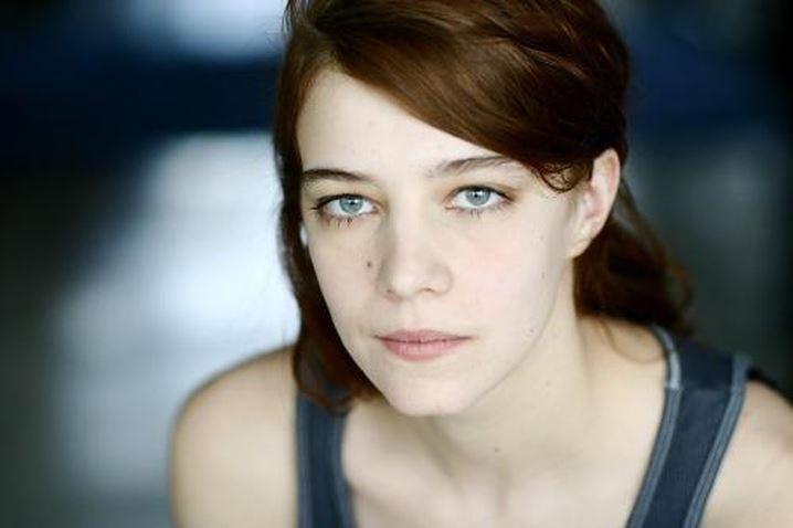 Молодые французские актрисы: Селин Саллетт