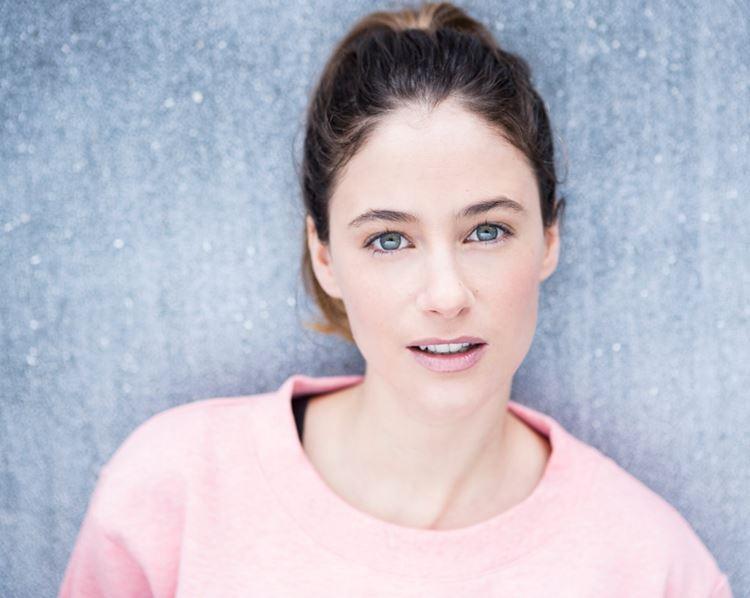 Молодые французские актрисы: Мелани Бернье