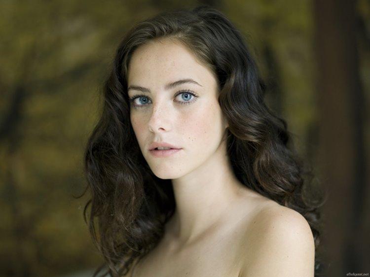 Молодые английские актрисы: Кайя Скоделарио