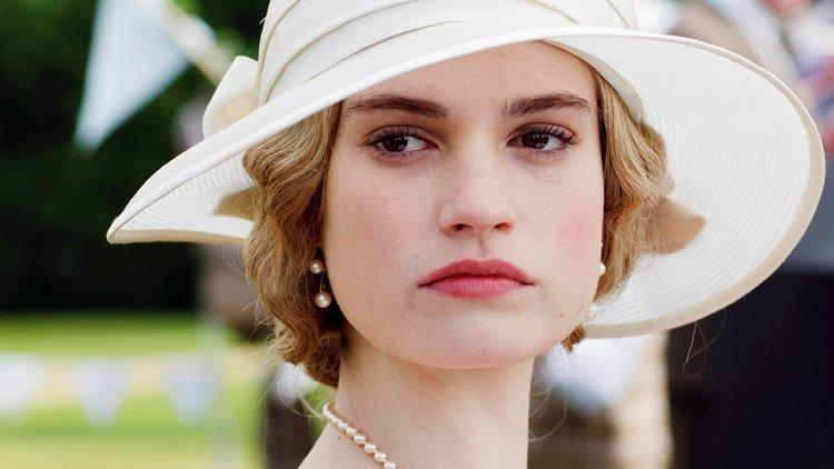 Молодые английские актрисы: Лили Джеймс