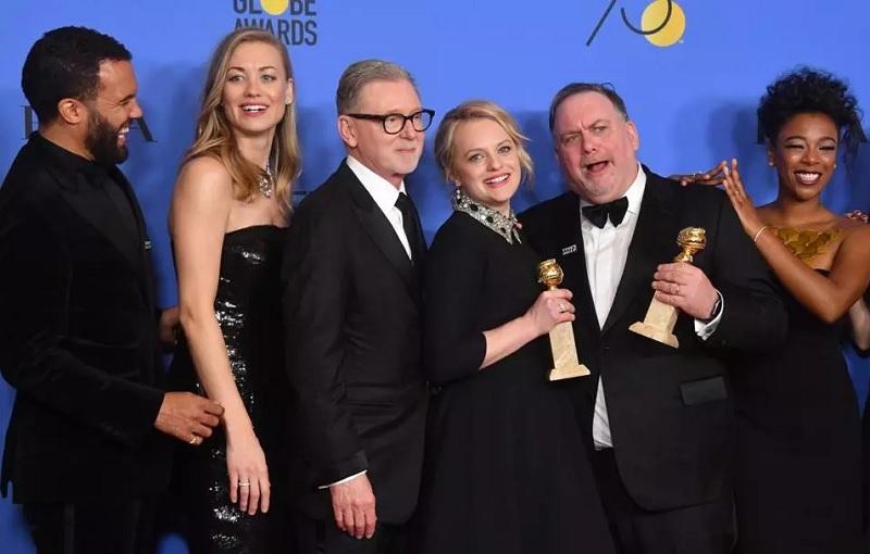 «Золотой глобус-2018»: победители - команда сериала «Рассказ служанки»