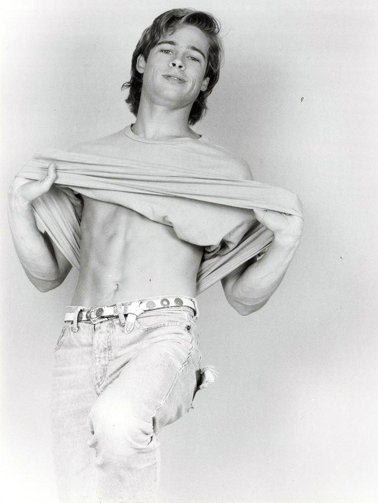 Молодой Брэд Питт - редкие чёрно-белые снимки 1987 года - фото 15